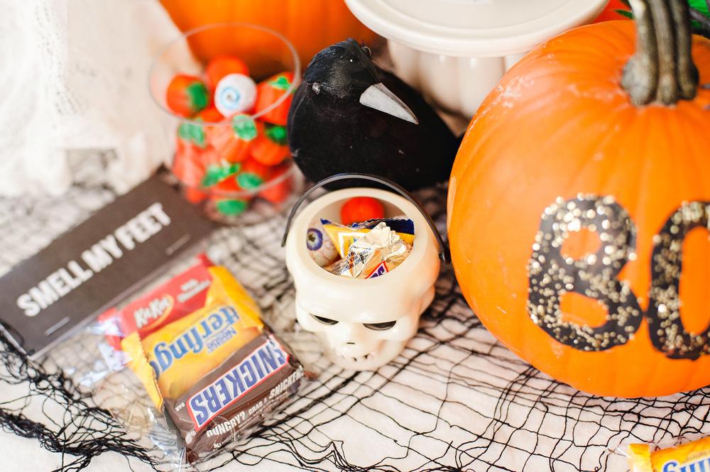 FUN Halloween Tablescape