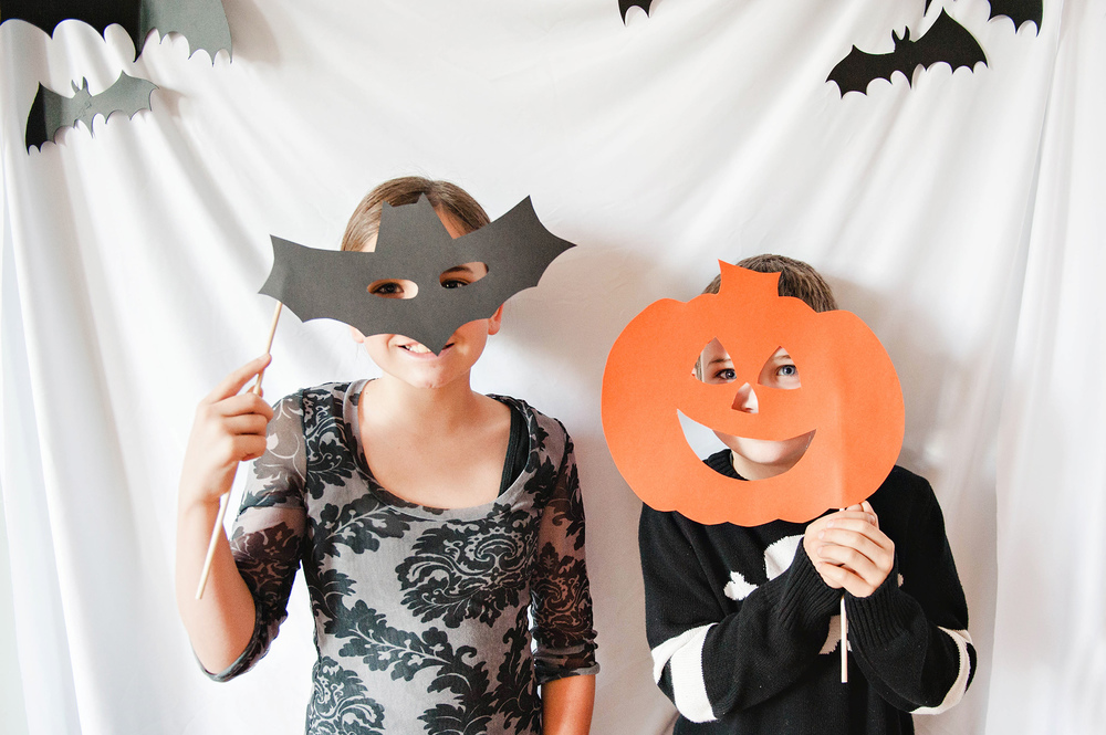 DIY Kids Halloween Photo Booth