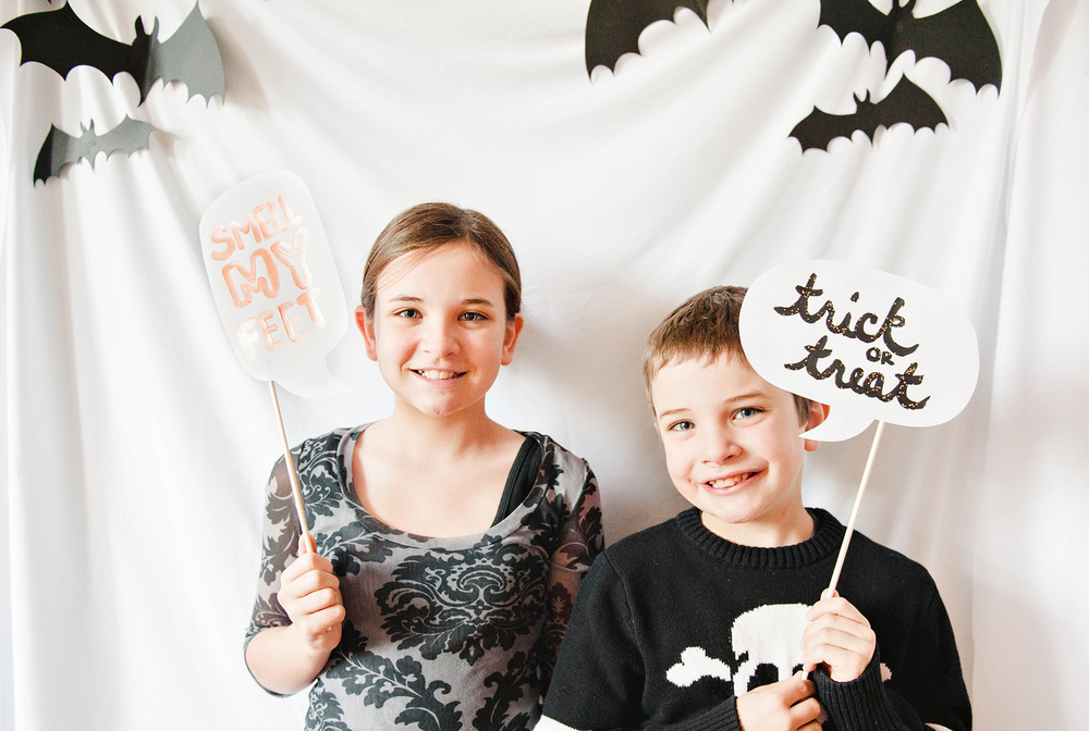 DIY Kids Halloween Photo Booth Props