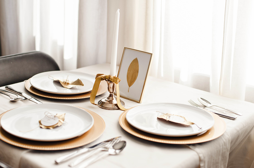 Gold & White Thanksgiving Table