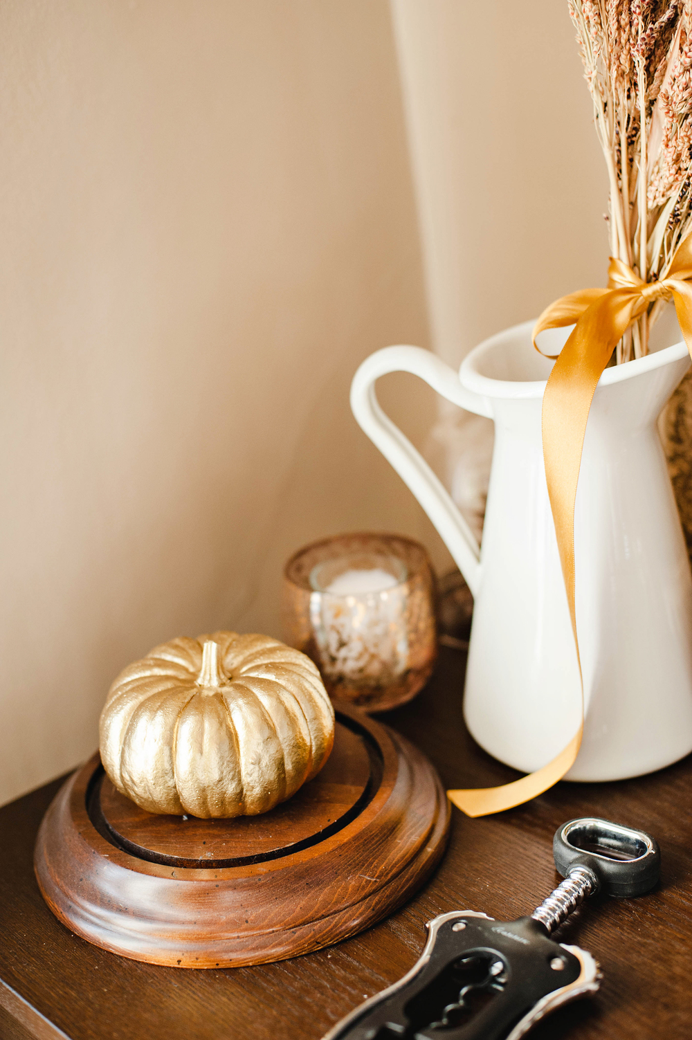 Gold & Rustic Thanksgiving Theme
