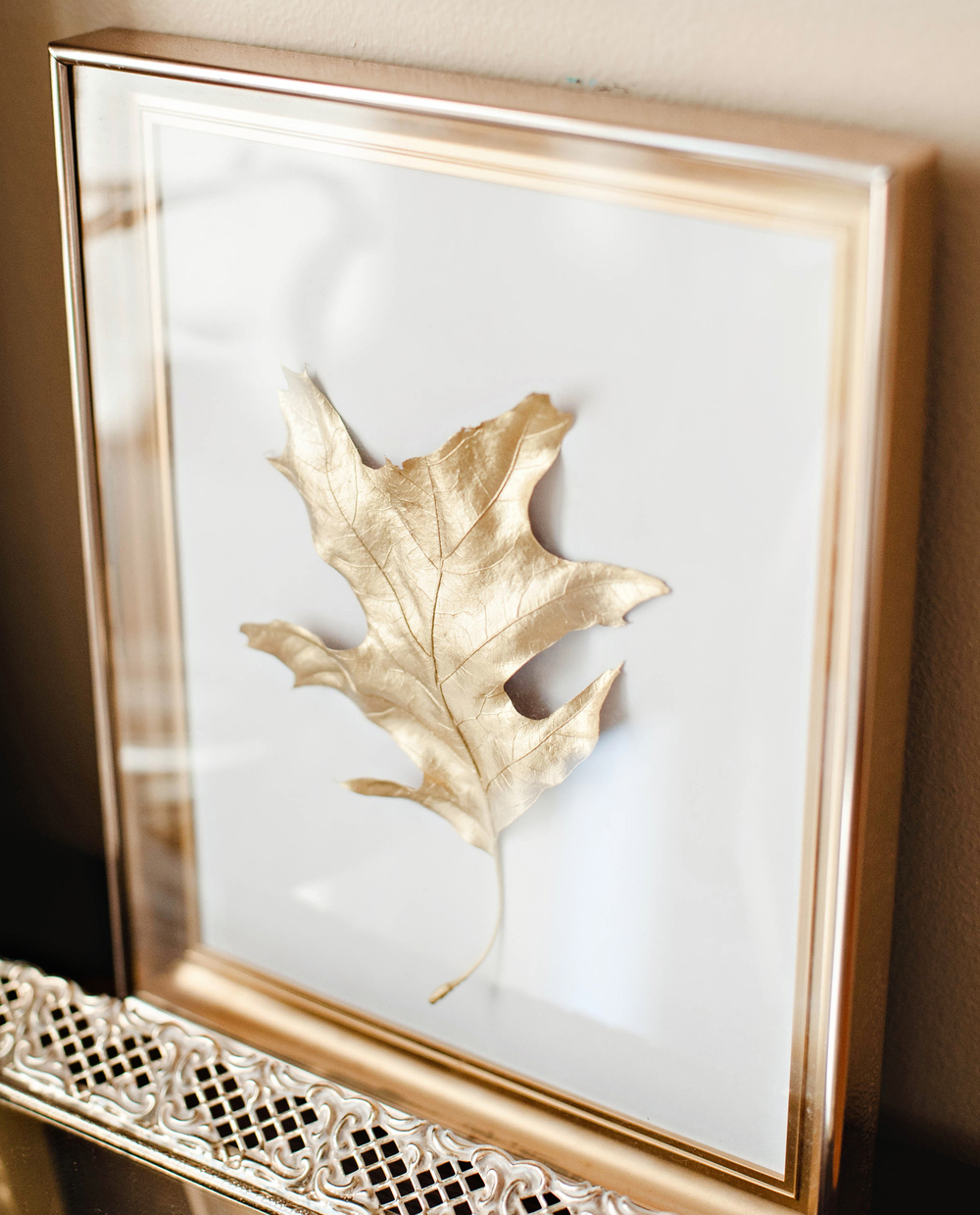Gold Painted Leaves Framed DIY Thanksgiving Decor