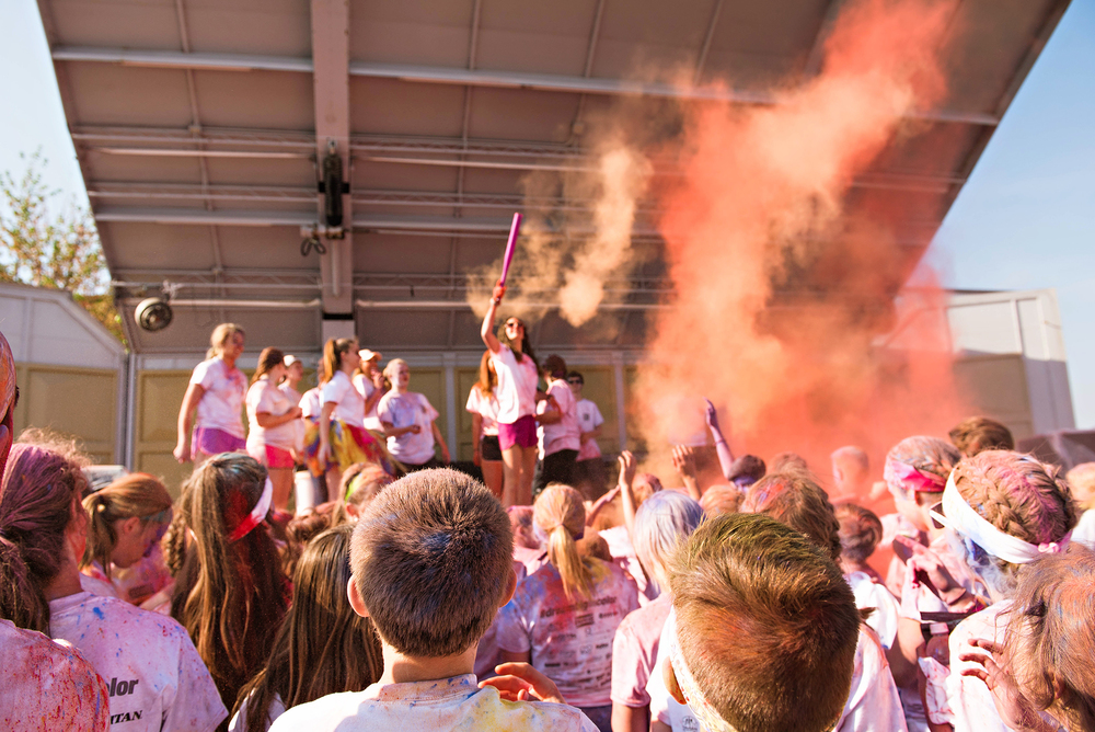 We welcomed newly finished runners with more color explosions.