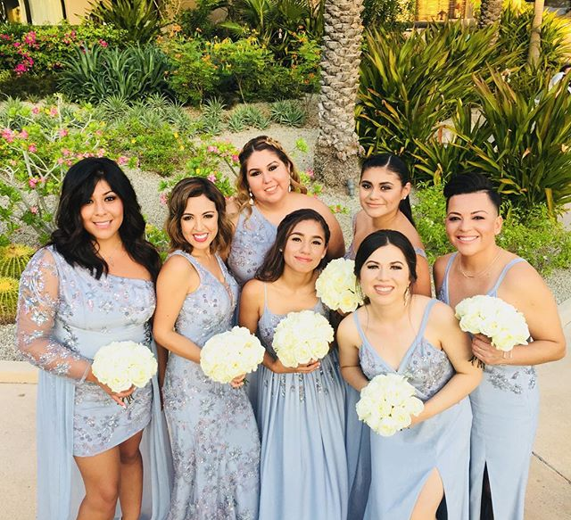 The Beautiful Bridesmaids 🖤 #firstpicture #wedding #custom #bridesmaids