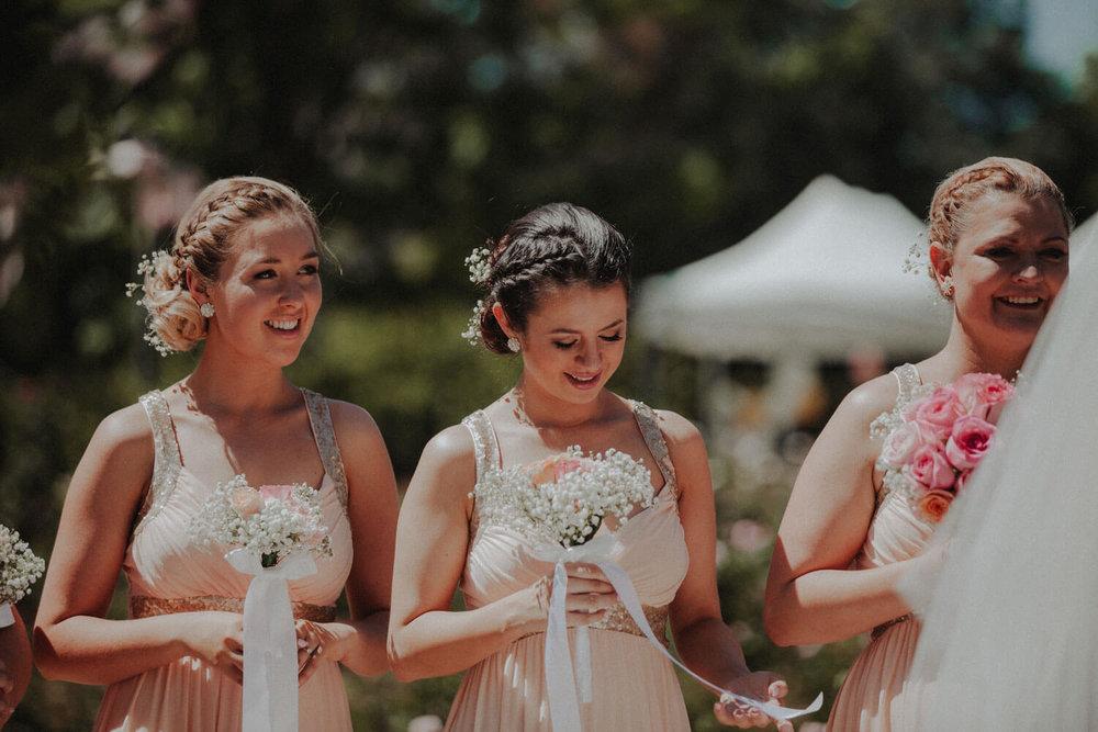 canberra-wedding-rose-gardens_032(5113).jpg