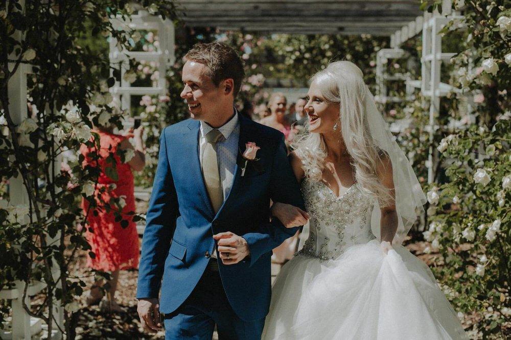 canberra-wedding-rose-gardens_035(3577).jpg