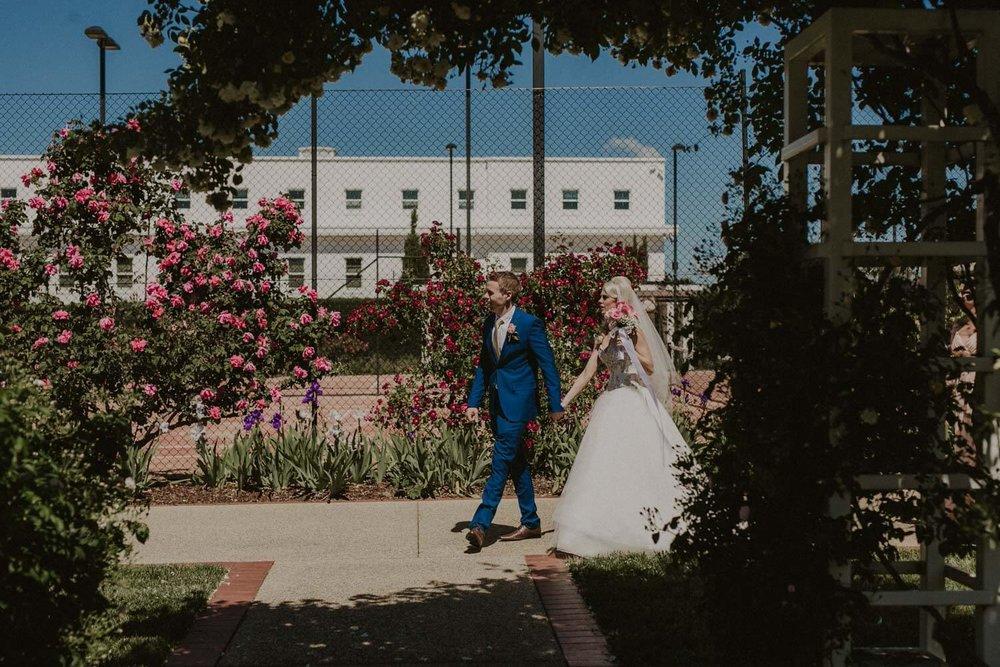canberra-wedding-rose-gardens_036(3598).jpg