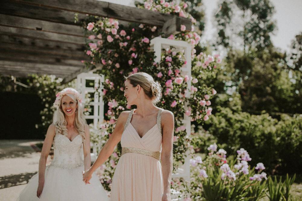 canberra-wedding-rose-gardens_054(4423).jpg