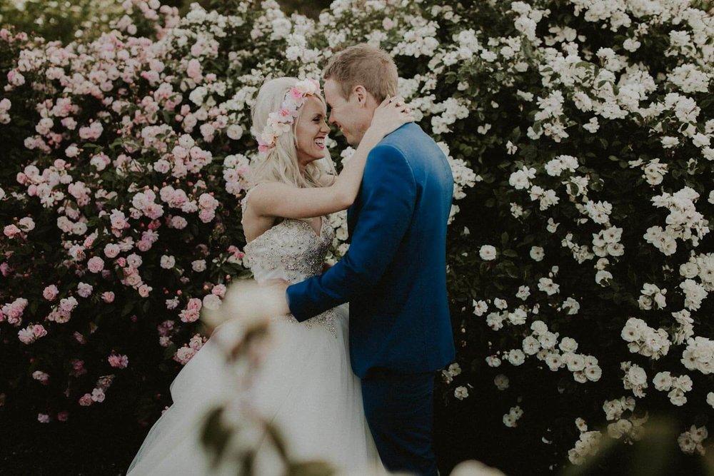 canberra-wedding-rose-gardens_076(5110).jpg