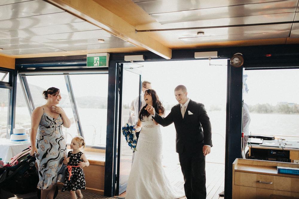 canberra-wedding-photography-t&b_059(0208).jpg