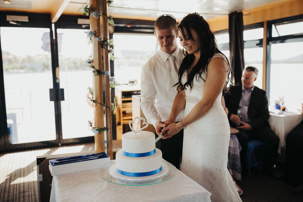canberra-wedding-photography-t&b_074(0608).jpg