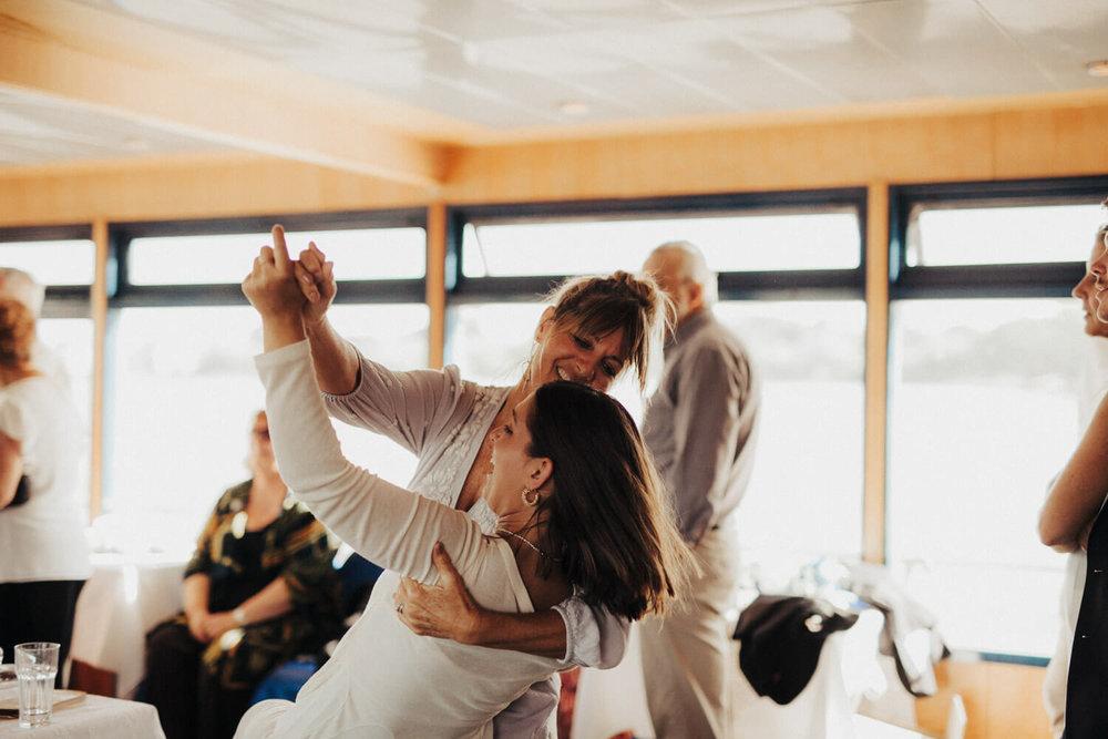 canberra-wedding-photography-t&b_079(8487).jpg