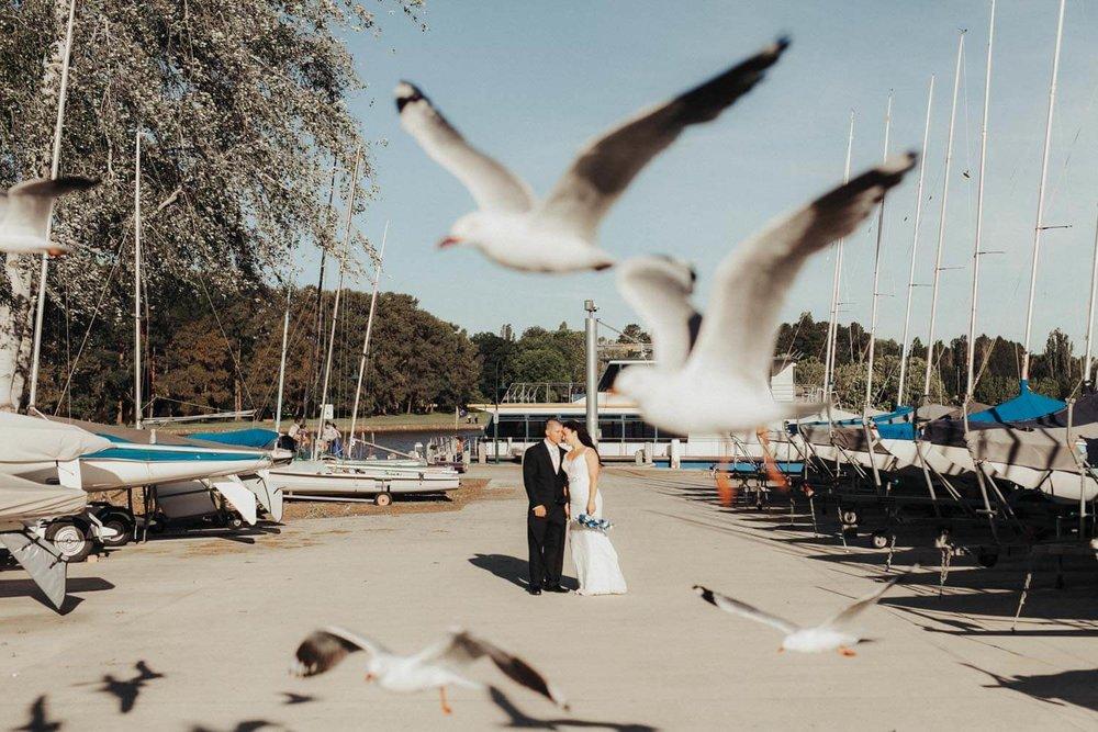 canberra-wedding-photography-t&b_089(8742).jpg