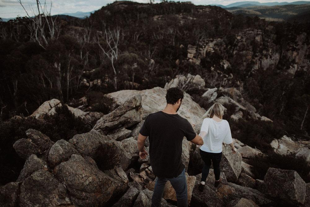 booroomba-rocks-engagement_034(4775).jpg