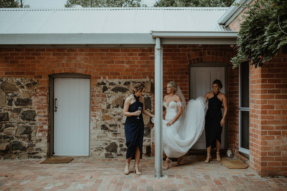 round-hill-homestead-culcairn-wedding-15.jpg