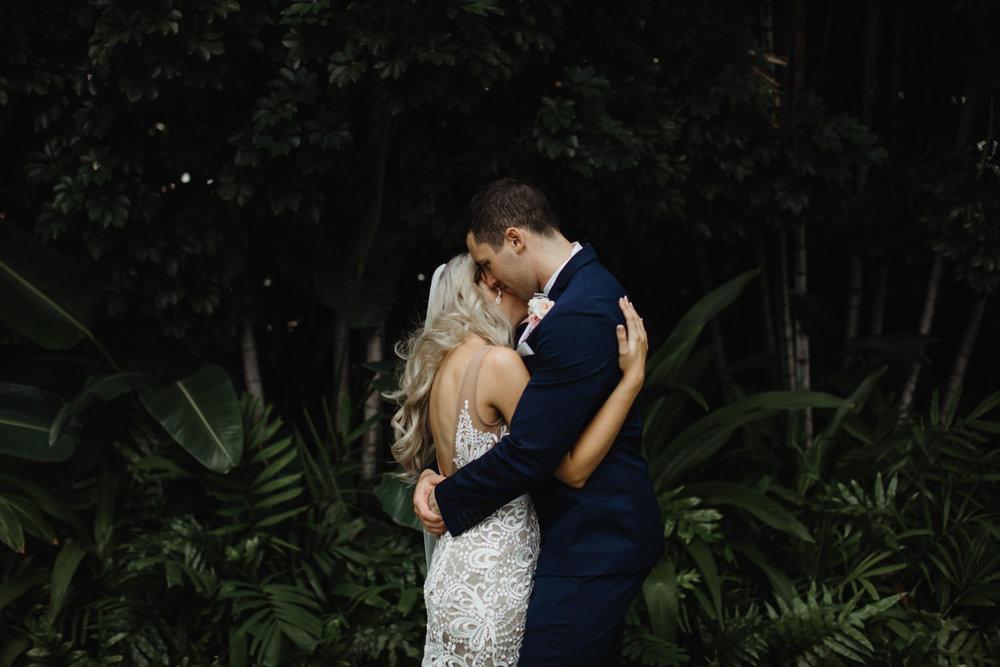 hawaiian-elopement-photography_088(6109).jpg