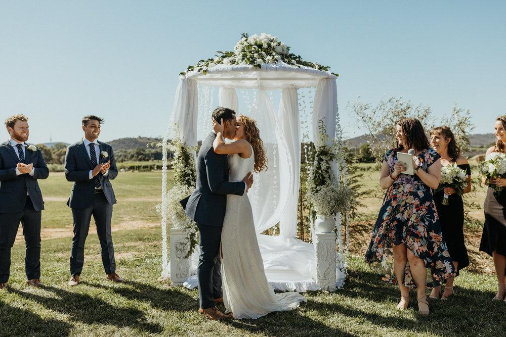 pialligo-estate-wedding-canberra_043(0971).jpg