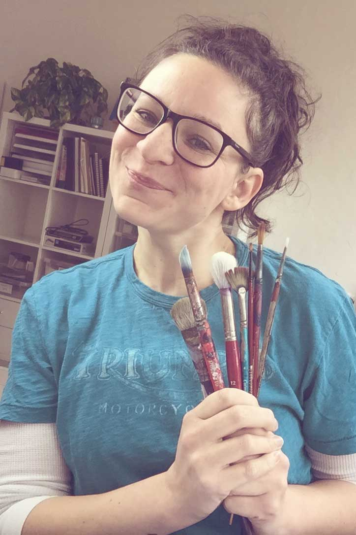 selfie-with-paintbrushes-2.jpg