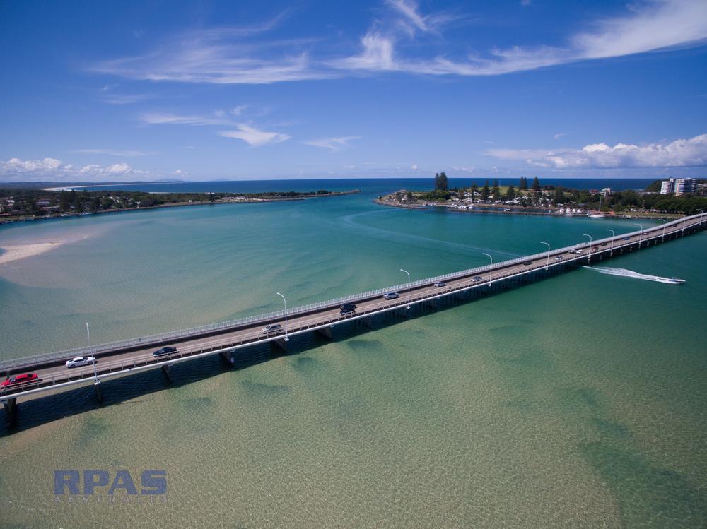 Bridge aerial