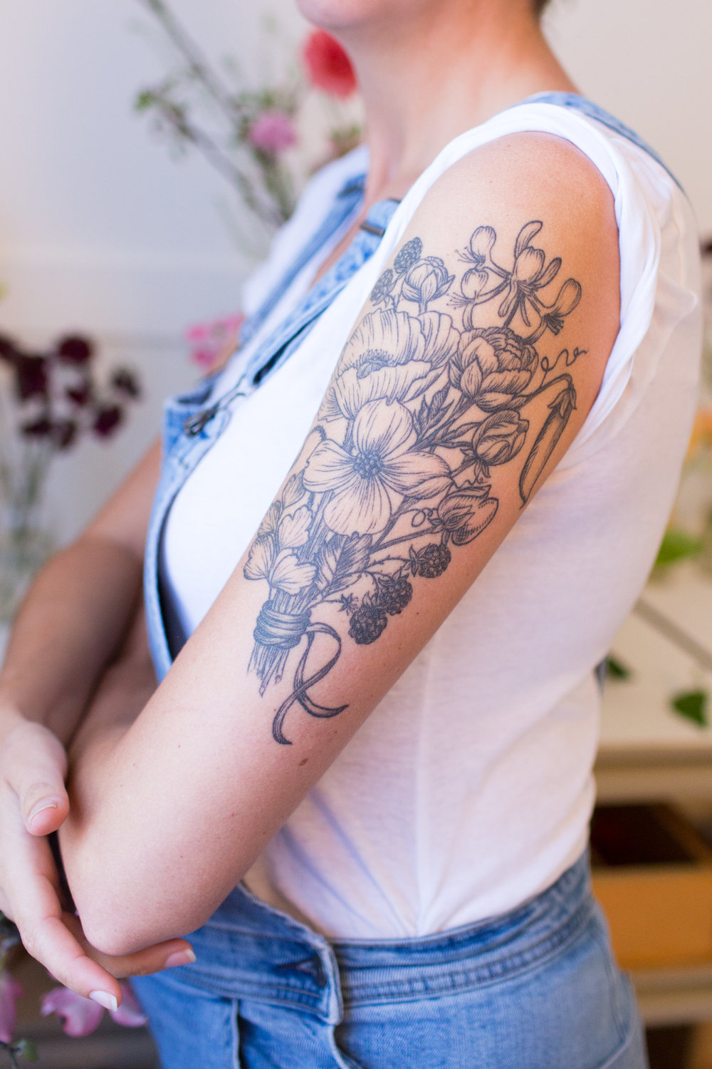 photo by Sarah Deragon | tatoo by  Hannah Wednesday
