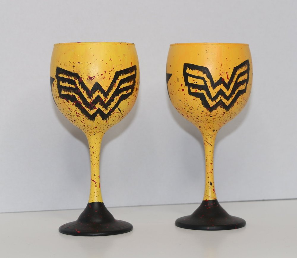 Wonder Woman Sip Size, Set of 2 (Reg $12/Glass) $20