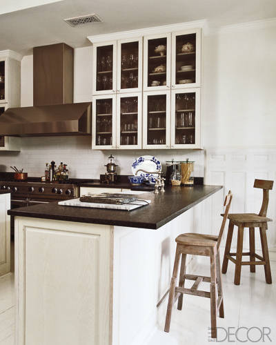 Custom cabinetry & Granite benchtops.