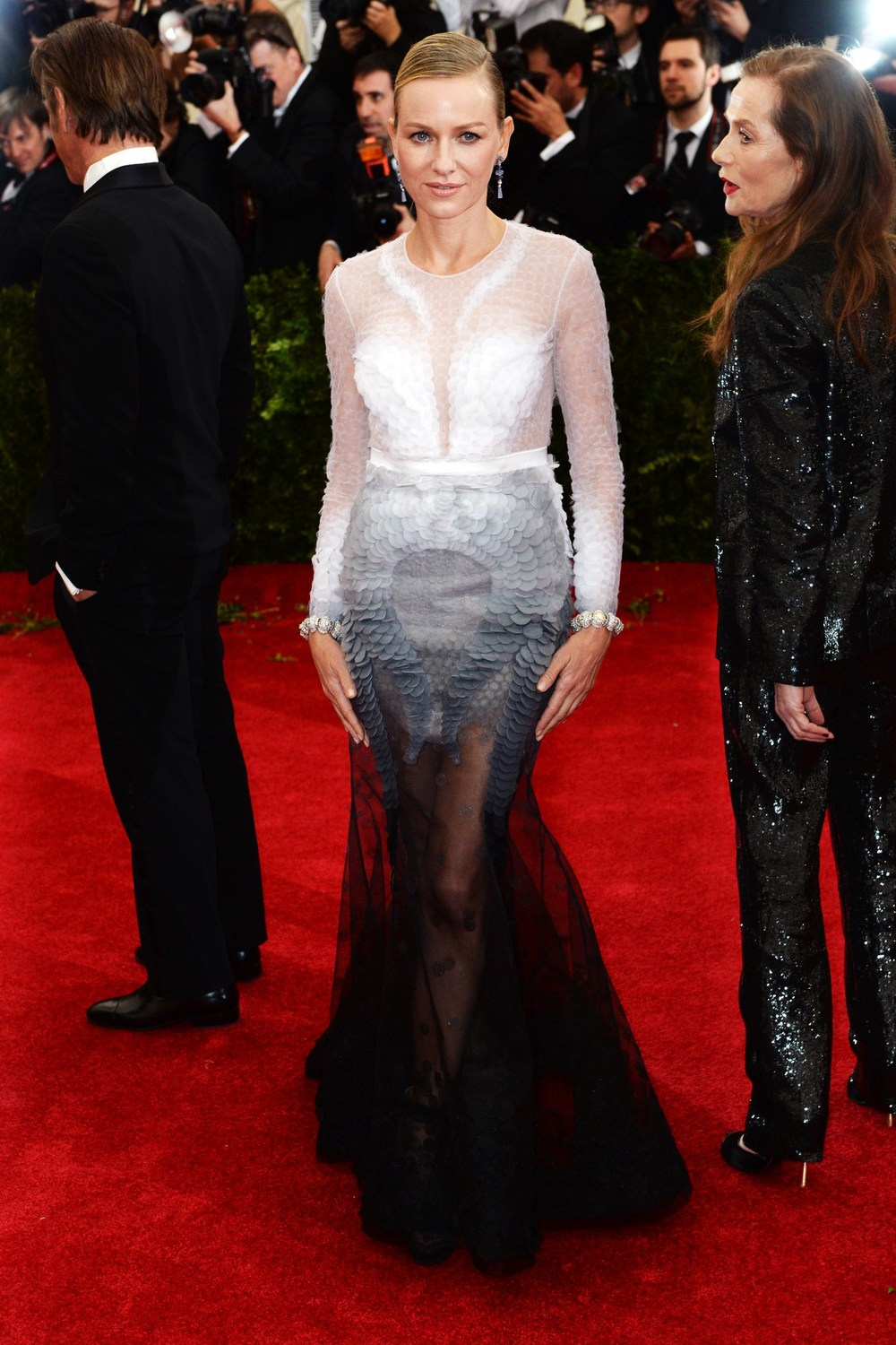 Naomi Watts wore Givenchy Haute Couture
