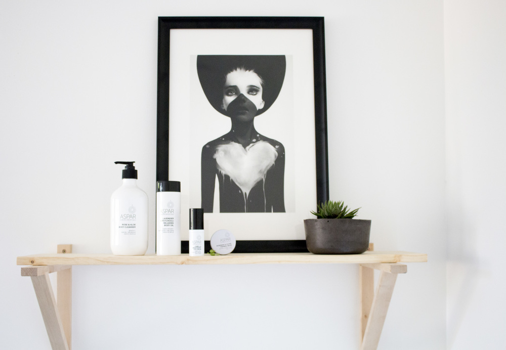 Product Photography & Styling Skincare & Candle - Aurora Spa
