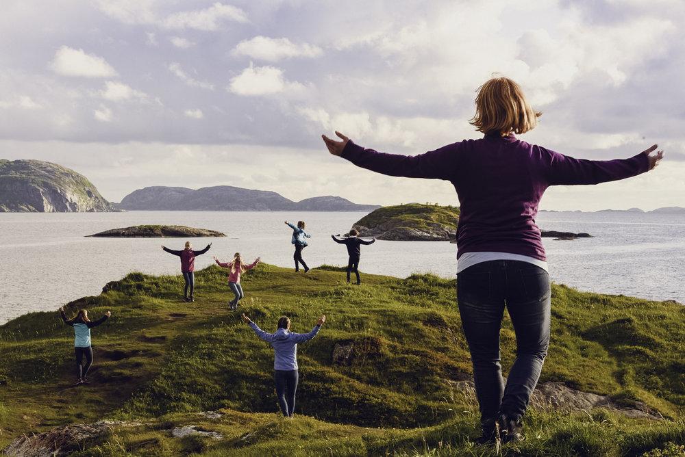 Frå innspeling i vakker natur i Bodø. Foto: Anne Marte Før/Lukkeleik