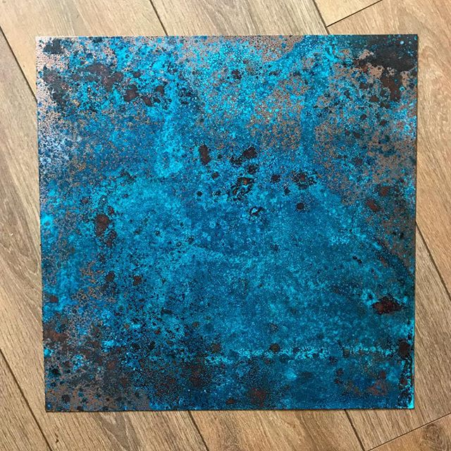 One of the great things I've noticed about oxidising copper is that after varnishing it has a kinda iridescent look when placed in-front of different lights - I love it! - still deciding what I'll print on top but whatever it is it needs to be subtle and bold in contrast to the blue. Time to get my thinking cap on 😃 . . . #art #inspiration #artist #painting #artwork #creative #instaart #paint #gallery #artoftheday #abstractart #abstract #screenprinting #screenprint #graphicart #graphicillustration #illustration #design #olifowlerart #copper #patina #oxidized #collage #collageart #collageartist