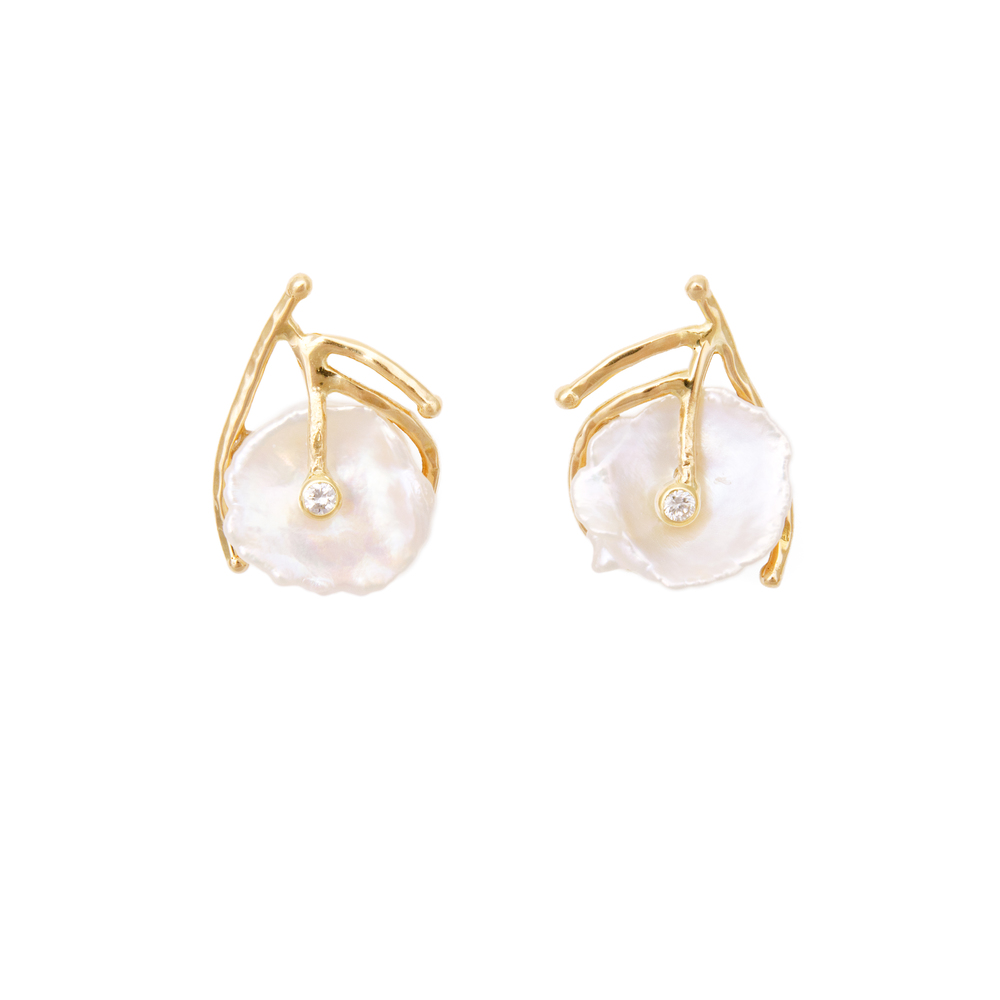 Pearl Earrings 1350 €
