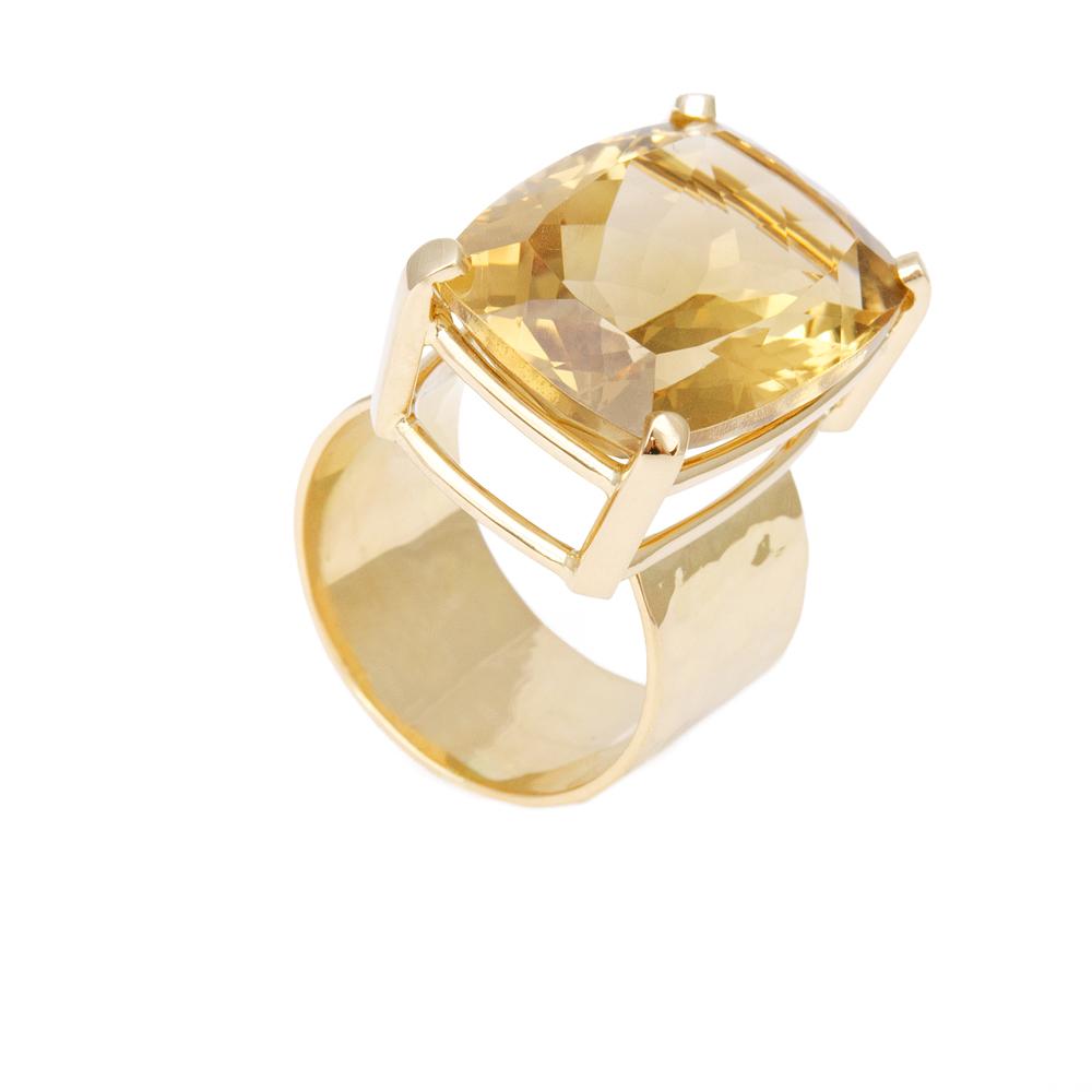 Moderne ring met grote edelsteen / Citrien