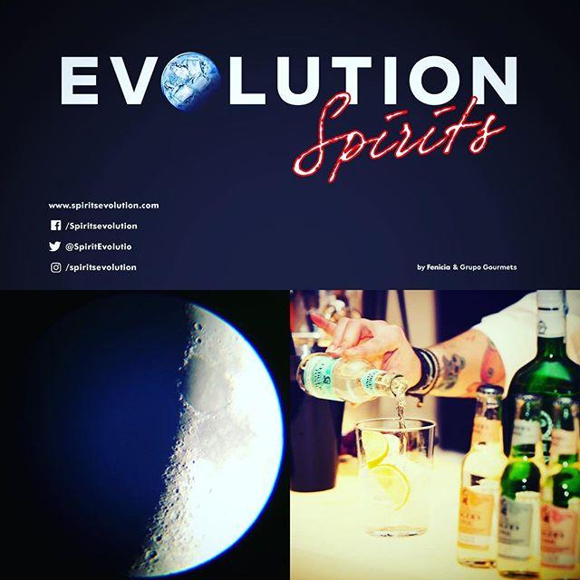 Evolution Spirits es un espacio actual, único y acotado a destilados premium y complementos dentro del marco del Salón de Gourmets• Este espacio exclusivo para los #profesionales del sector se celebrará únicamente durante los días 25 y 26 de #abril, en horario continuo de 12 a 20.30hrs.👌 Os ofrecemos un nuevo concepto de Salón de los #destilados #premium donde aunamos la especialización, el conocimiento del mercado y el #knowhow con la gran capacidad de #atracción y negocio que genera el Salón de Gourmets (85.000 visitantes profesionales y más de 1.600 periodistas de todo el mundo). Join the #Evolution #Spirits!🍸 www.evolutionspirits.es #gastronomialiquida #bartenders #mixology #mixologia #cocktail #coctel #Spirits #Madrid 🍹