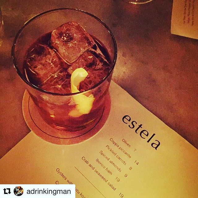 #Enjoy the #Evolution #Spirits with a @adrinkingman #NewYork 👌🍸 ・・・ Back in my old 'hood. Fishtown Cup at @estelanyc. #craftcocktails #lowereastside #mixology #cocktailhour #drinks @salondegourmets #Madrid #Abril #Join us! 👌🌟