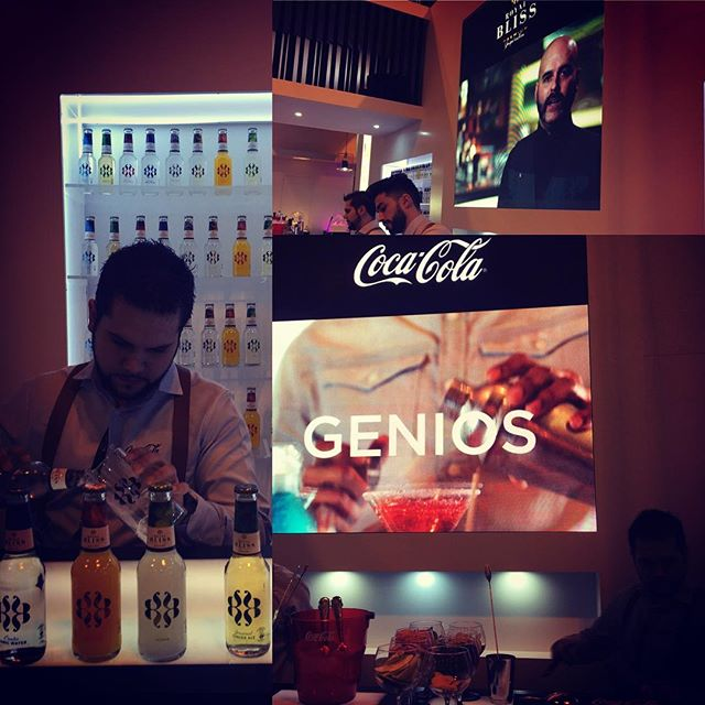 #Enjoy the #Evolution #Spirits @royalbliss_es con la propuesta de @manuresidence #Yuzu #Sensation con #Tequila 👌🍸porque #complicarseesmaravilloso 😉#expohip #2017
