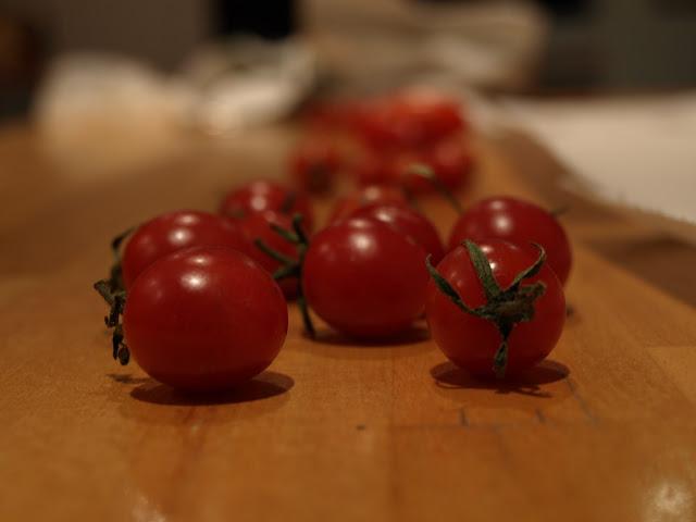 tiny+tomato+1.JPG