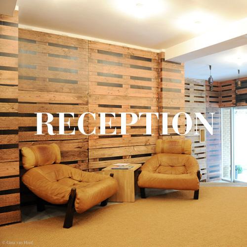 hotel-chelton-reception-square-02.jpg