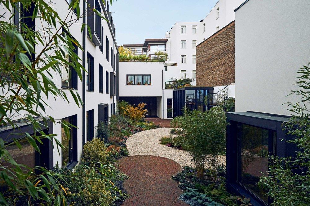 LimitedEditionHotels-JardinSecretHotel-JStrutz.jpg