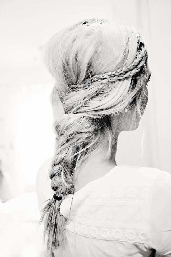 Killer braided hairstyle.