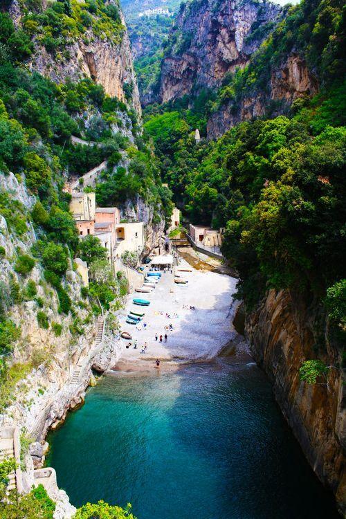 Furore-Italy-hidden-beach