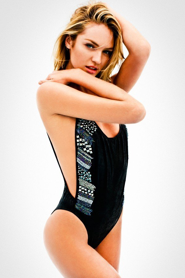 agua-bendita-one-piece
