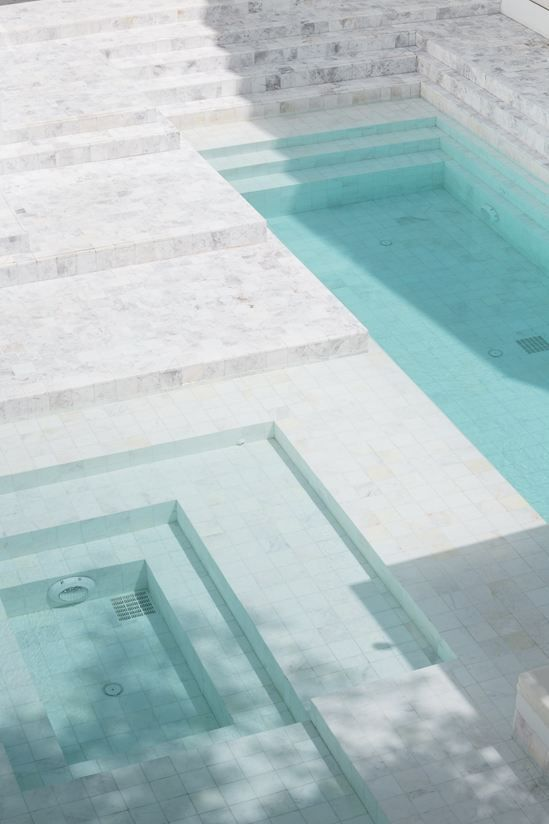 pool-aqua-white-architecture