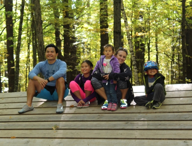 Dr. Kingsley Yew, DPT with his wife - Christina, daughters - Isabella & Sophia and son - Kingsley II