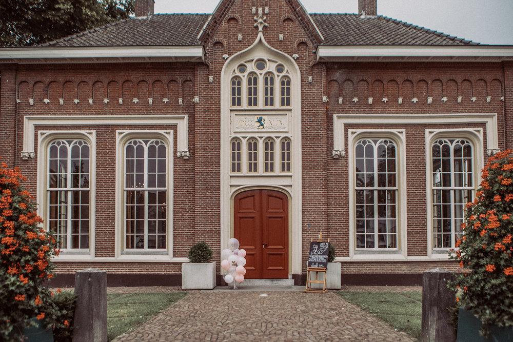 Het raadhuis in Udenhout