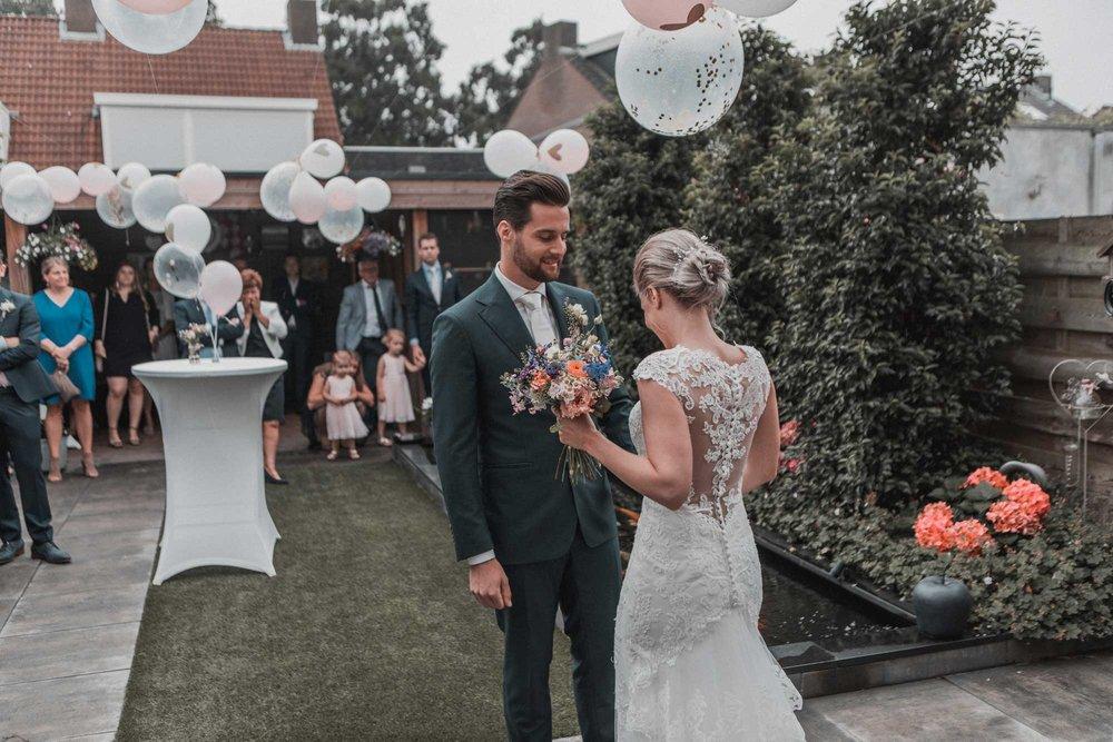 Tijdens het feest kunnen jullie al nagenieten van die bijzondere momenten van jullie trouwdag.