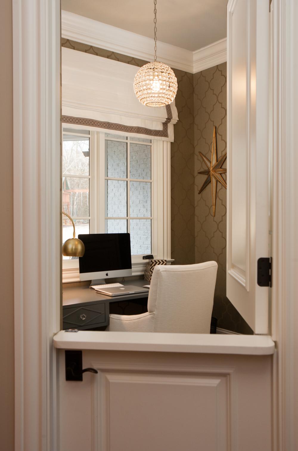 3900_office.jpg