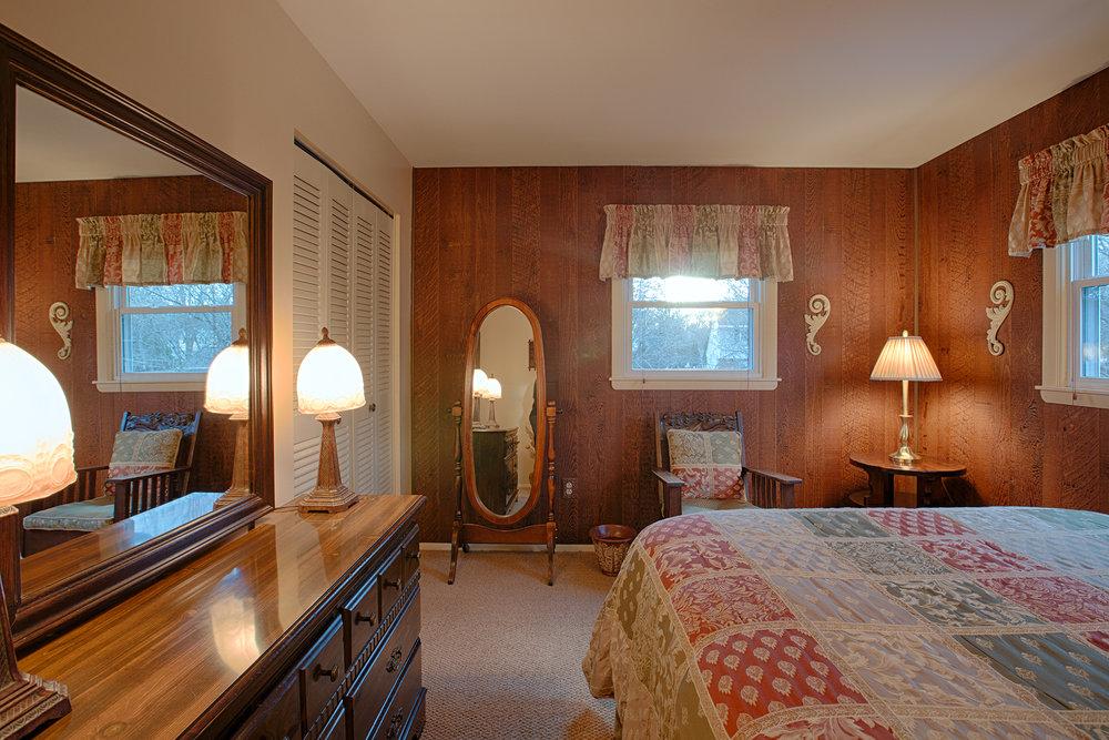 022 EAP Maria Barr 10 Lexington Rd Saratoga Springs crest 09.jpg