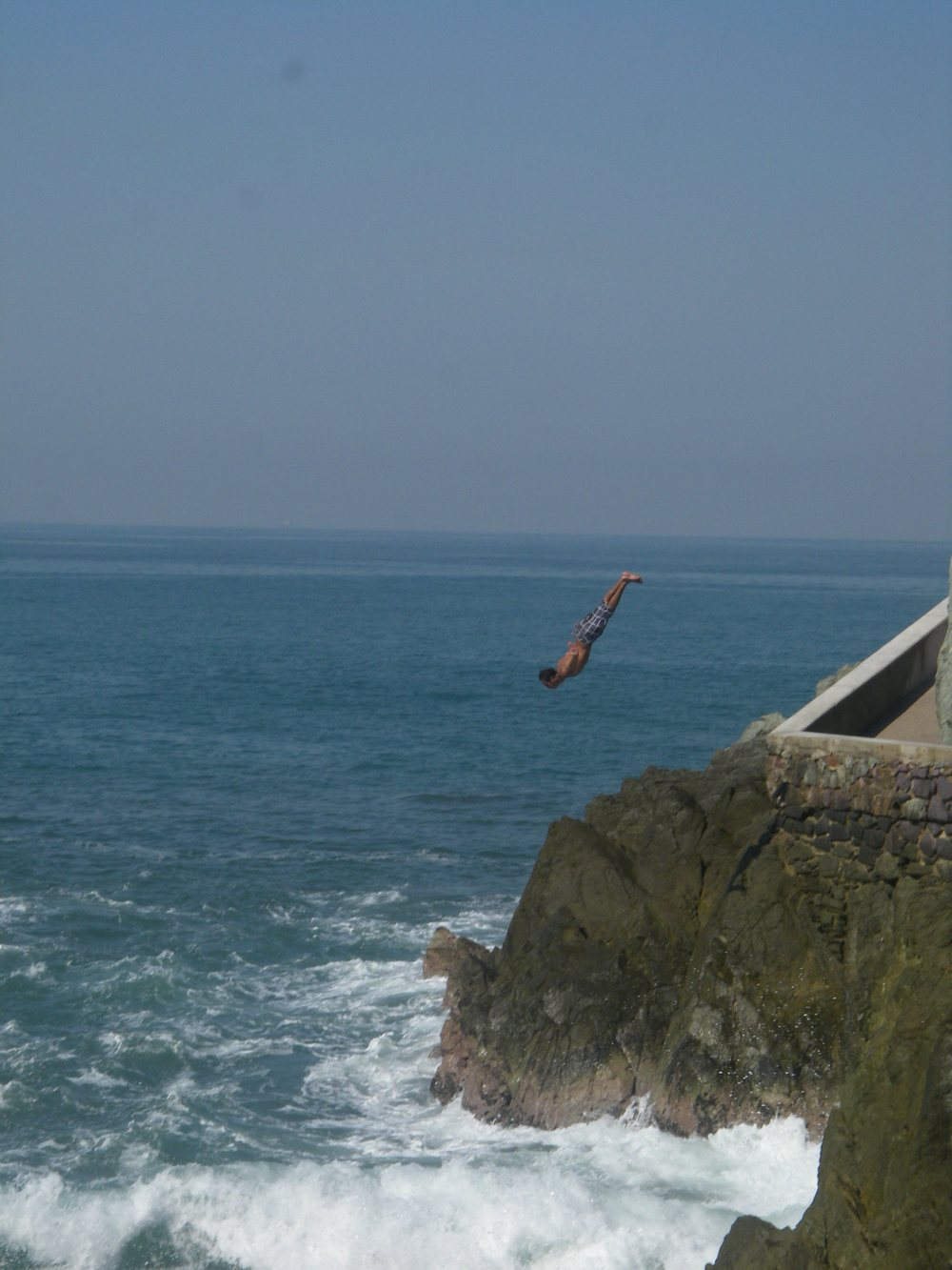 Cliff divers in Mexico