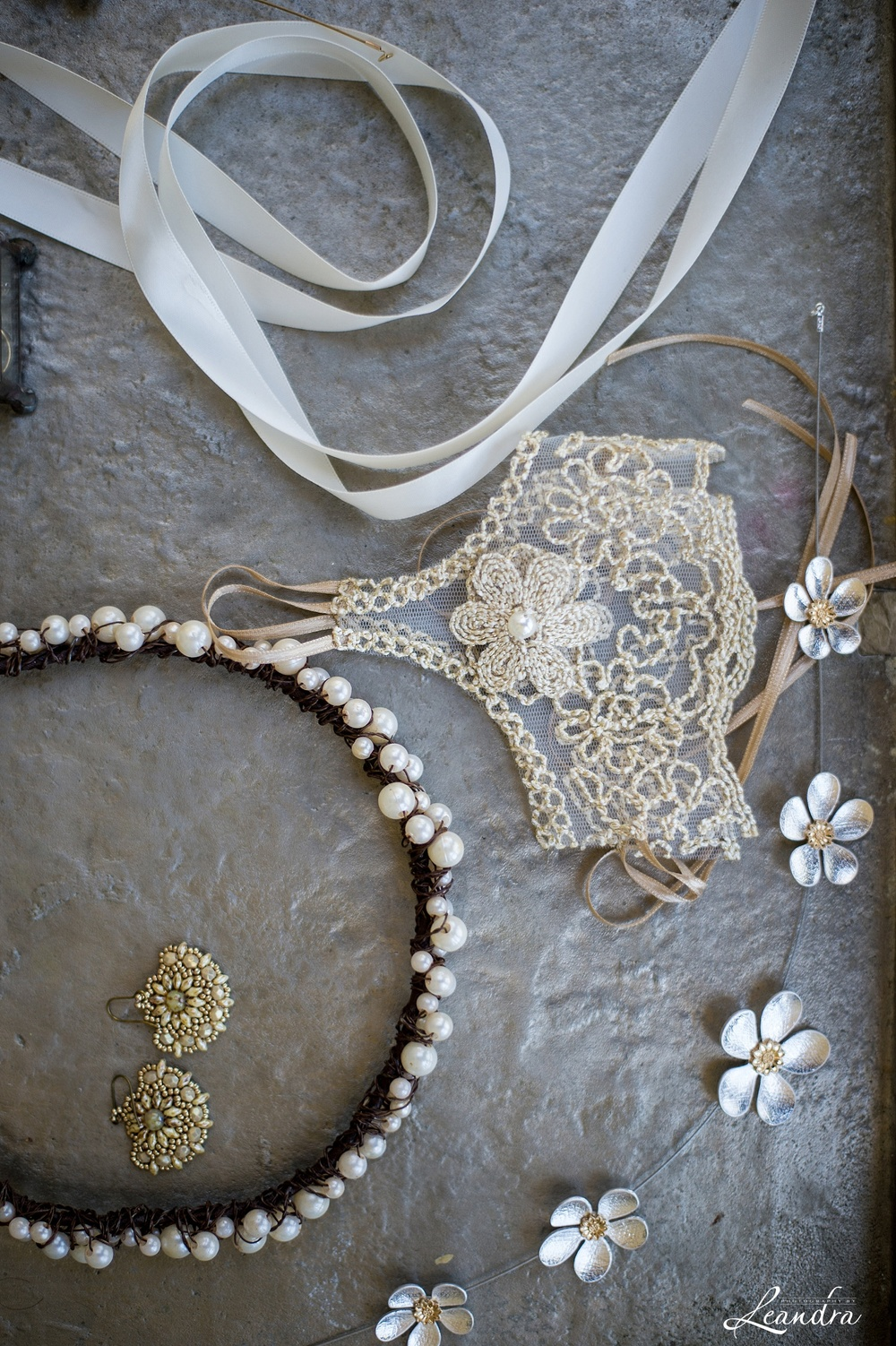 Lace and pearl Bridal details_0031.jpg