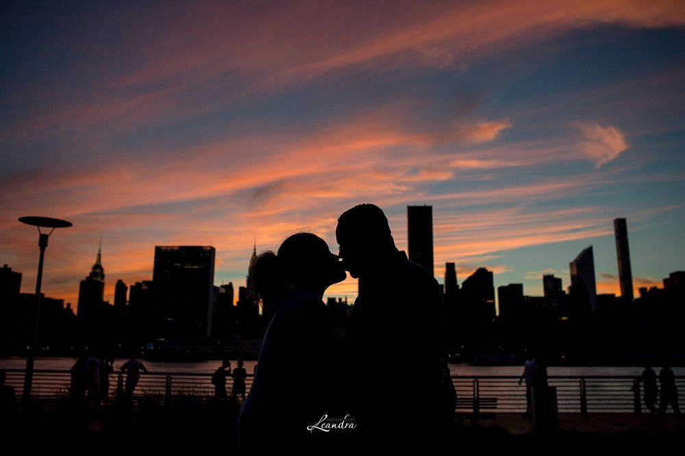 SunsetLongIslandCityEngagement_0302.jpg